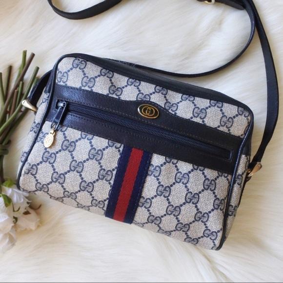 Gucci Handbags - Gucci Ophidia GG Supreme Shoulder Bag